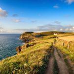 senderos de caminata de larga distancia camino de la costa inglaterra