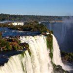 Paseo en barco por las Cataratas del Iguazú