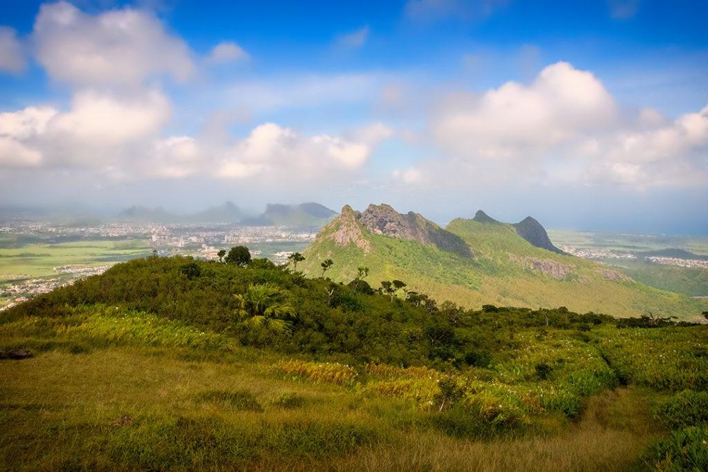 una vista de hiking le pouce