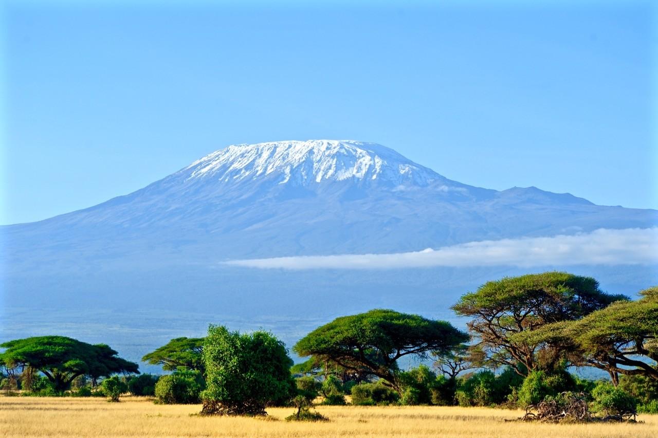 paisajes afectados por el cambio climático-kilimanjaro