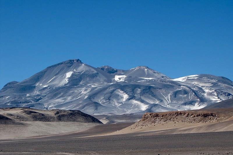 Ojos del Salado la segunda montaña más alta de Sudamérica
