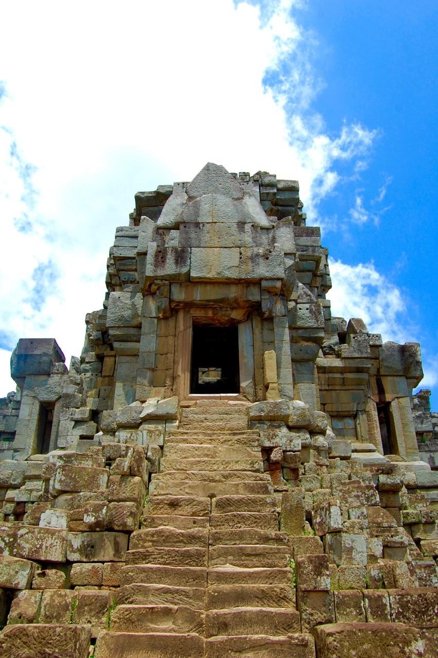 El mejor momento para visitar Angkor Wat: las escaleras