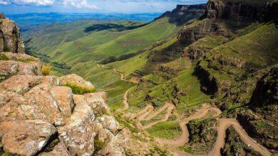 Photo of Conduciendo por el paso de Sani Pass a Lesotho…