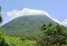 Escalando el Pico Nevis sin guía, San Cristóbal y Nieves